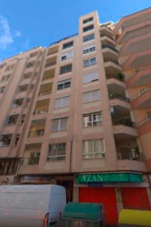 Venta de local en calle Alfons El Magnanim